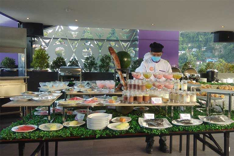 Makanan di Fox Hotel Jayapura
