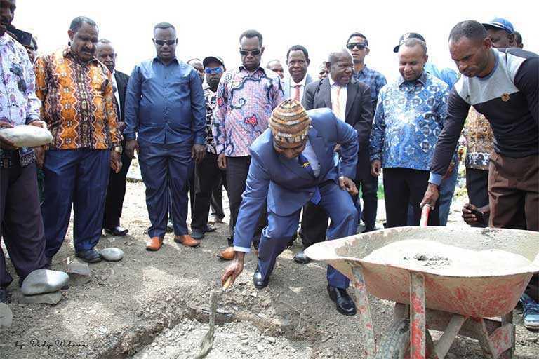 Pembangunan Monumen Baptisan GIDI