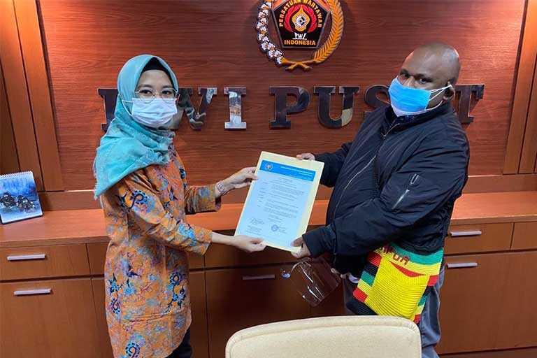 Hans Bisay Jabat Plt Ketua PWI Papua