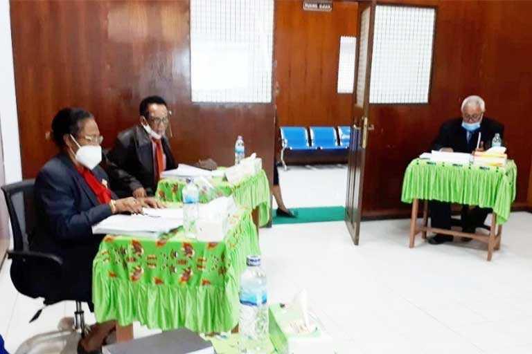 Sekwan DPR Papua Penguji External Disertasi