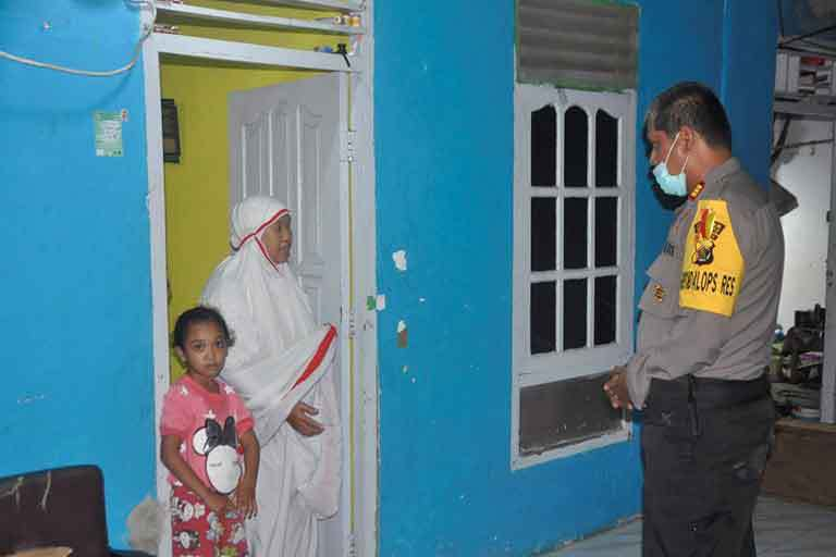 Warga Dihimbau Tarawih Di Rumah