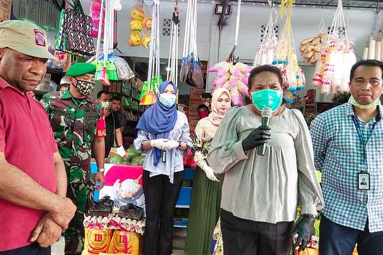 6587 KK di Kabupaten Jayapura terima sembako