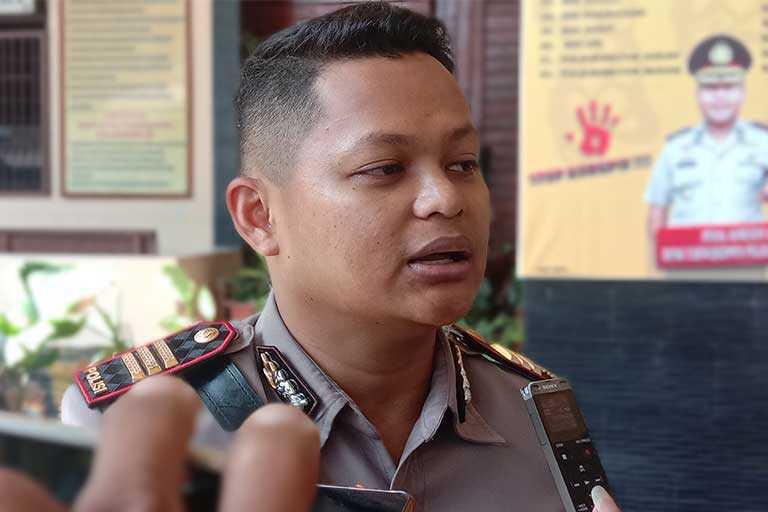 Polisi Warning Pedagang Yang Timbun Sembako