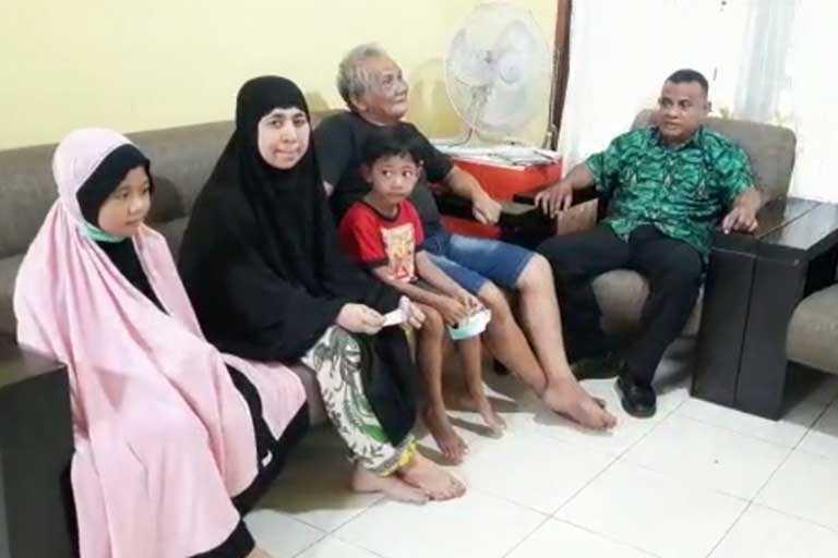 keluarga corona pertama di papua