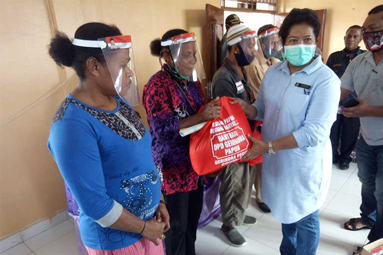 Fraksi Gerindra Kunjungi Warga Bonggo