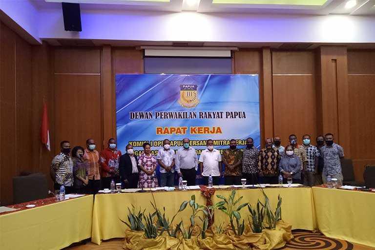Komisi I DPR Papua