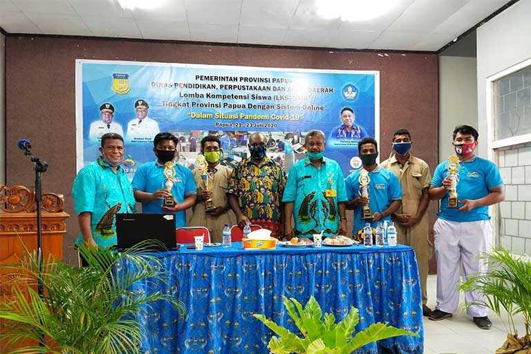 Wilayah Mamta Juara Umum LKS SMK