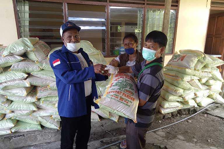 Demokrat Papua Bantu