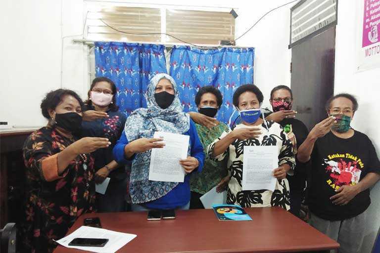Juliana Waromi Jabat Sekda Papua