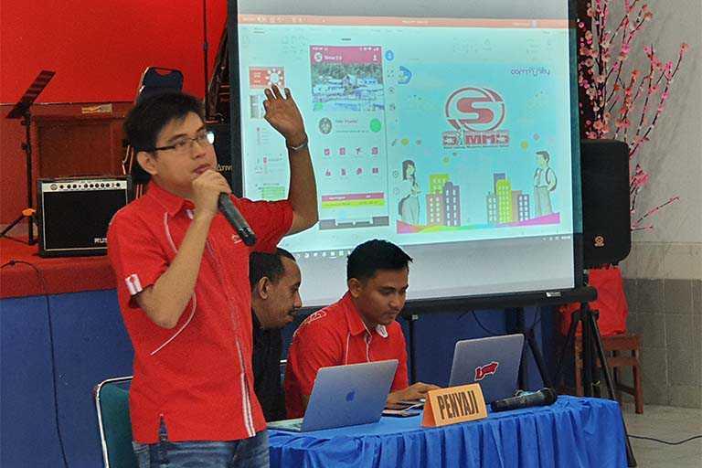 Telkomsel Luncurkan Aplikasi SIMAS 2.0 di SMA Kristen Kalam Kudus