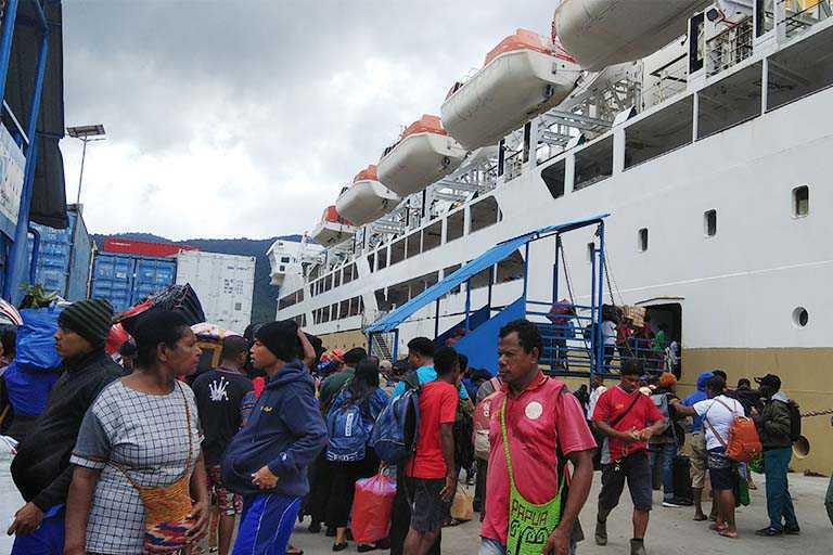 Embarkasi dan Debarkasi Melalui Dua Pelabuhan di Papua Meningkat