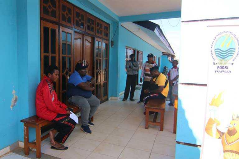 Sekum KONI Papua Sidak ke Cabor Dayung