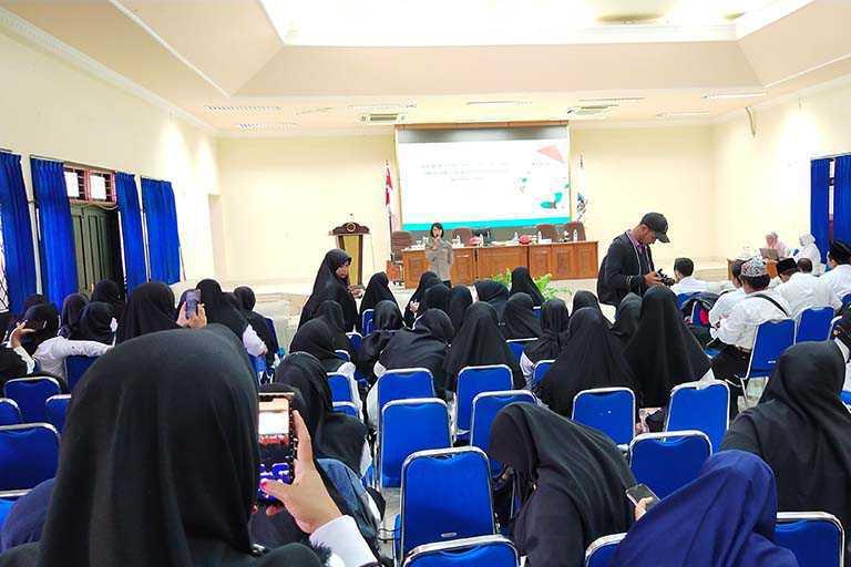 KKKM Jayapura Gelar Seminar Sehari Pendidikan Anak Millenial