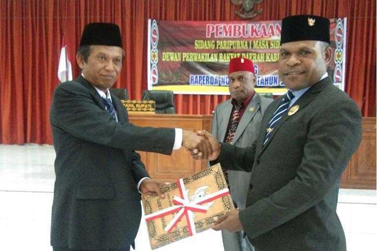 11 Raperda kabupaten jayapura