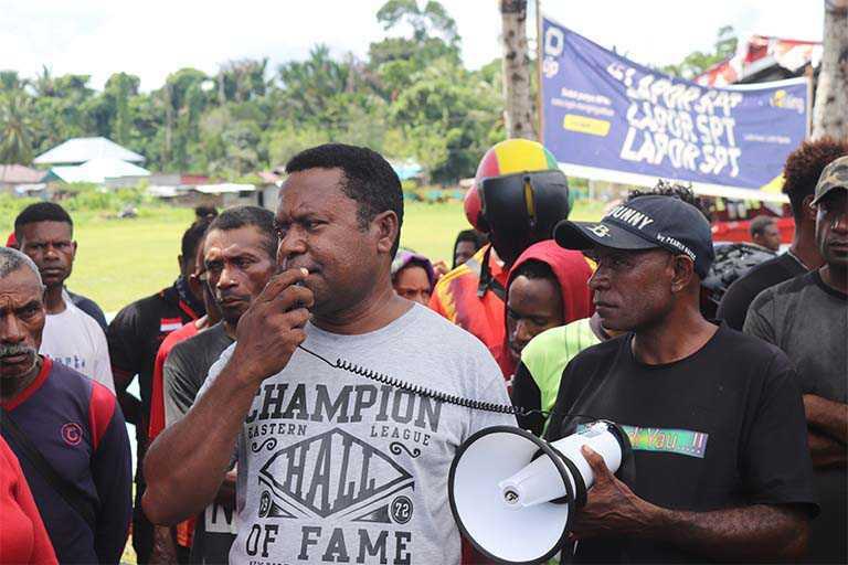 Aksi Demo Tuntut Aktor Kriminalisasi Bupati Yermias Bisai