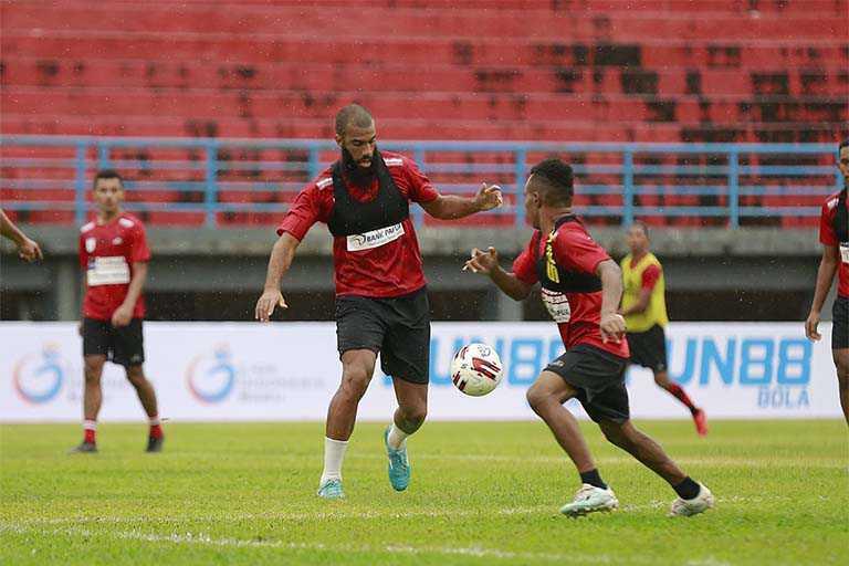 Persipura Jayapura takluk dari tuan rumah Borneo FC 2-0 persipura gagal