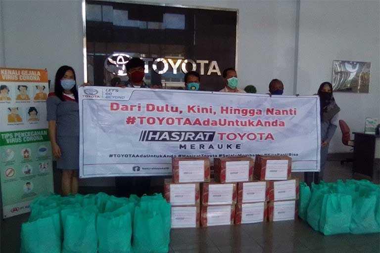 Hasjrat Toyota Bagi-Bagi Sembako