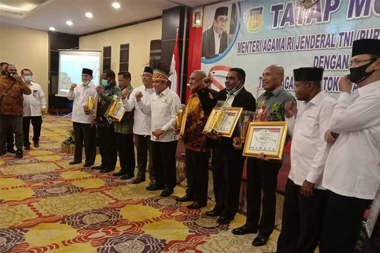 Papua Terima Penghargaan dari Menteri Agama