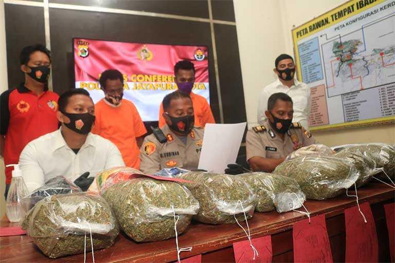 Warga PNG Ditangkap