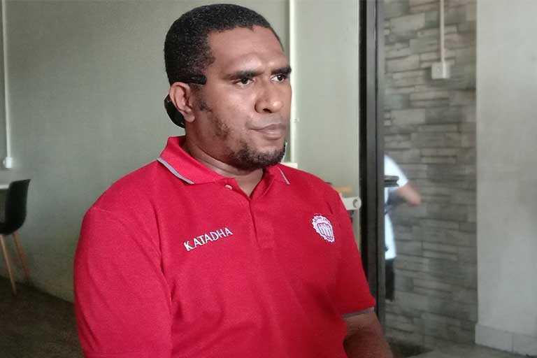 Menganakemaskan Papua
