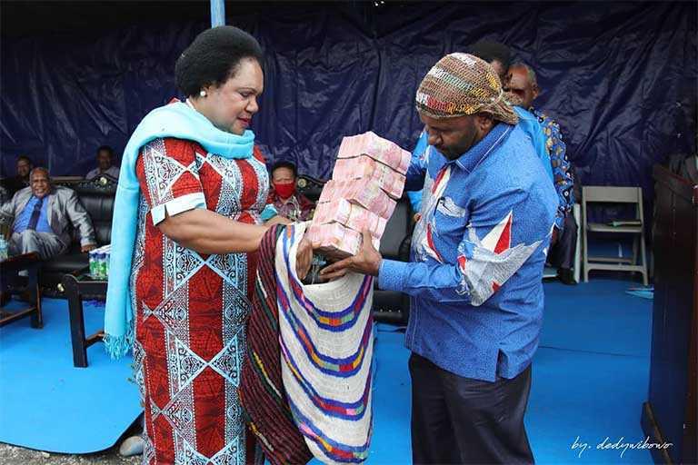 Demokrat Papua Bantu Gereja