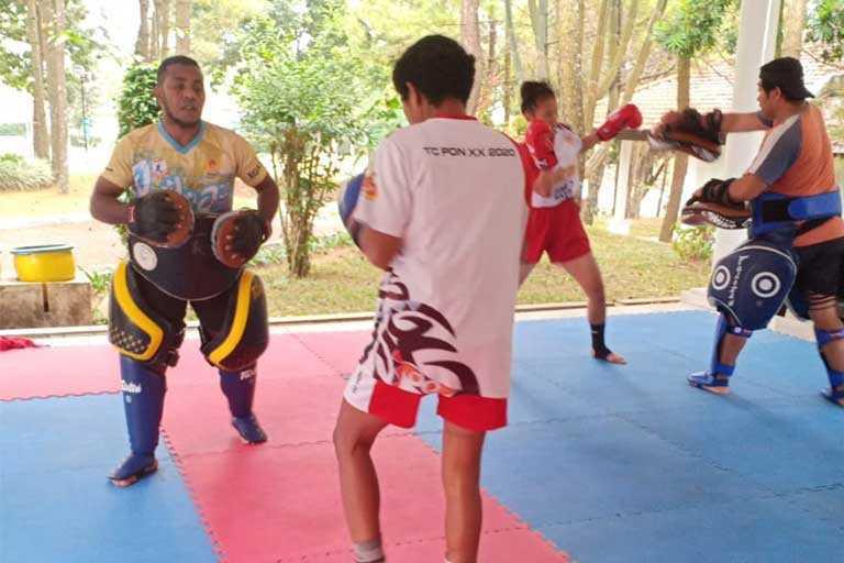 Atlet Muaythai Papua